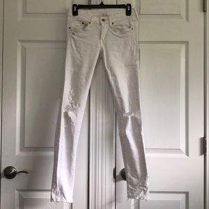 H&M White Distressed Jeans 27/30